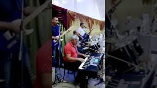 Группа ЧаКан играет на свадьбе у Чудновых Юли и Вани