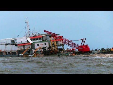Crain Ship  sinking off  In Arabian Sea at Mangalore India)
