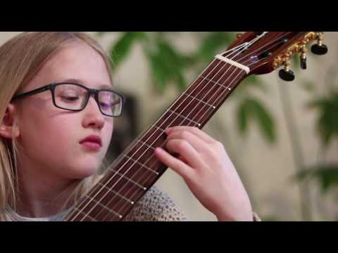 Emma Hicker (9) plays Classical Gas by Mason Williams