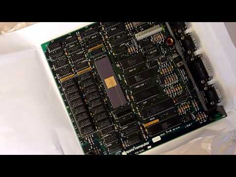Original Apple Macintosh 128K Motherboard (c) 1983 - The Legend!