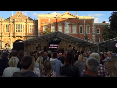 Toploader live at Hobble on The Cobbles Aylesbury 2014 intro