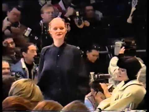 Romeo Gigli Fall/Winter 1990-91 Woman Pret-a-Porter Fashion Show -RARE-