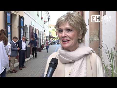 Tordai Teri színésznő csillagával gazdagodott az Egri Csillagok Sétánya