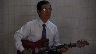 Guitar bài Mừng tuổi Mẹ