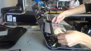 Asus N53SV Replacement SSD and WiFi Adapter Timelapse