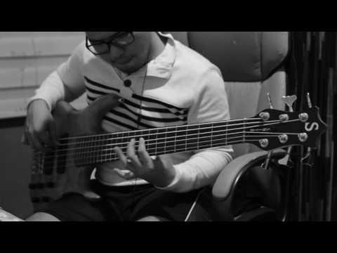Dengan apa kan kubalas - Symphony Worship (bass cover vicky arif setiawan))