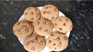 Chocolate chip cookies by Delicious food recipes
