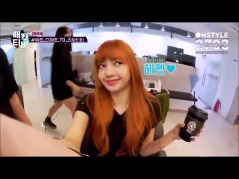 [Đội quần cùng BLACKPINK] Lisa và những kiểu cười chỉ có ở ẻm =)) || BLINK VIETNAM