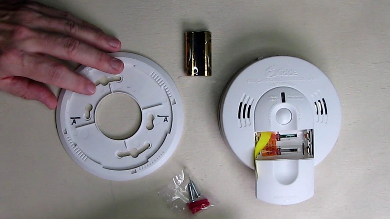 NEW Kidde Battery Operated Combination Smoke /& Carbon Monoxide Alarm KN-COSM-BA