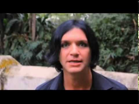 Brian Molko and your beatifull smile, Says: It's all about ...