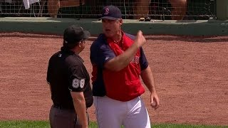 HOU@BOS: Farrell gets tossed for arguing in the 2nd