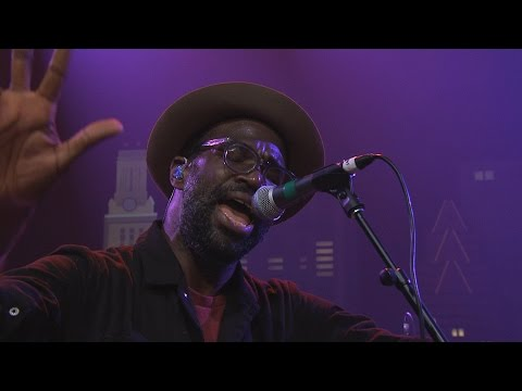 "Austin City Limits Web Exclusive: TV on the Radio ""Wolf Like Me"""
