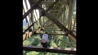 Guy Did The Riskiest Parkour Jump Of All Time And It Was Awesome