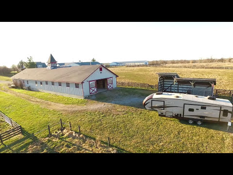 VIDEO - Horse Property, 10 ac, 17 stall Horse Barn, Hobby Farm, Soaring FP, Danville Kentucky houses