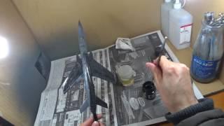 [キクログ044]プラモデルにウォッシング塗装をするオジン[飛行機プラモ]