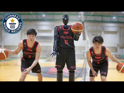 CUE3: Japan's free throw robot! - Meet The Record Breakers Japan