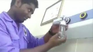 بي_بي_سي_ترندينغ: فيديو صادم في #السعودية لعامل نظافة يقوم بمهام ممرض في مستشفى