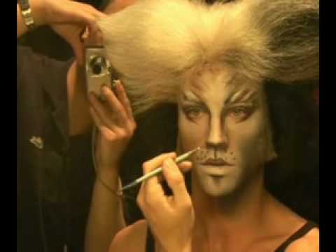 Cats Make Up Demonstration With James Cooper