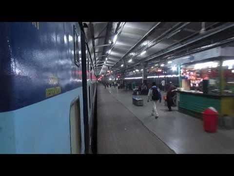 13288 SOUTH BIHAR Express arriving at BILASPUR Jn, CHHATTISGARH!