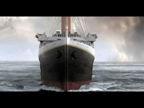 TITANIC - Sailing Into the Atlantic Ocean