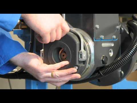 Adjusting the hoist brake