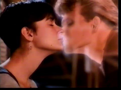 Ghost La Sombra Del Amor Musica En Castellano Youtube