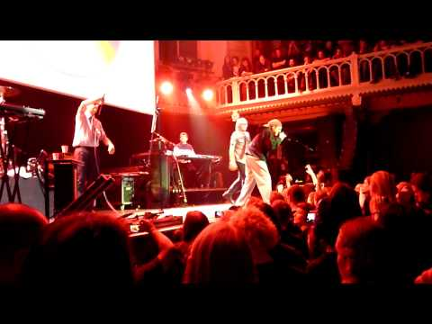 Weird Al Yankovic White & Nerdy - HD Live Paradiso Amsterdam 2010
