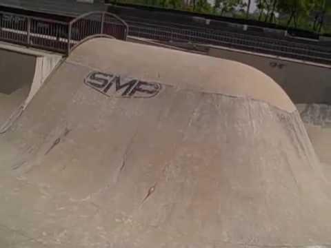 AndyMac - SMP Skatepark Tour - Shanghai, China