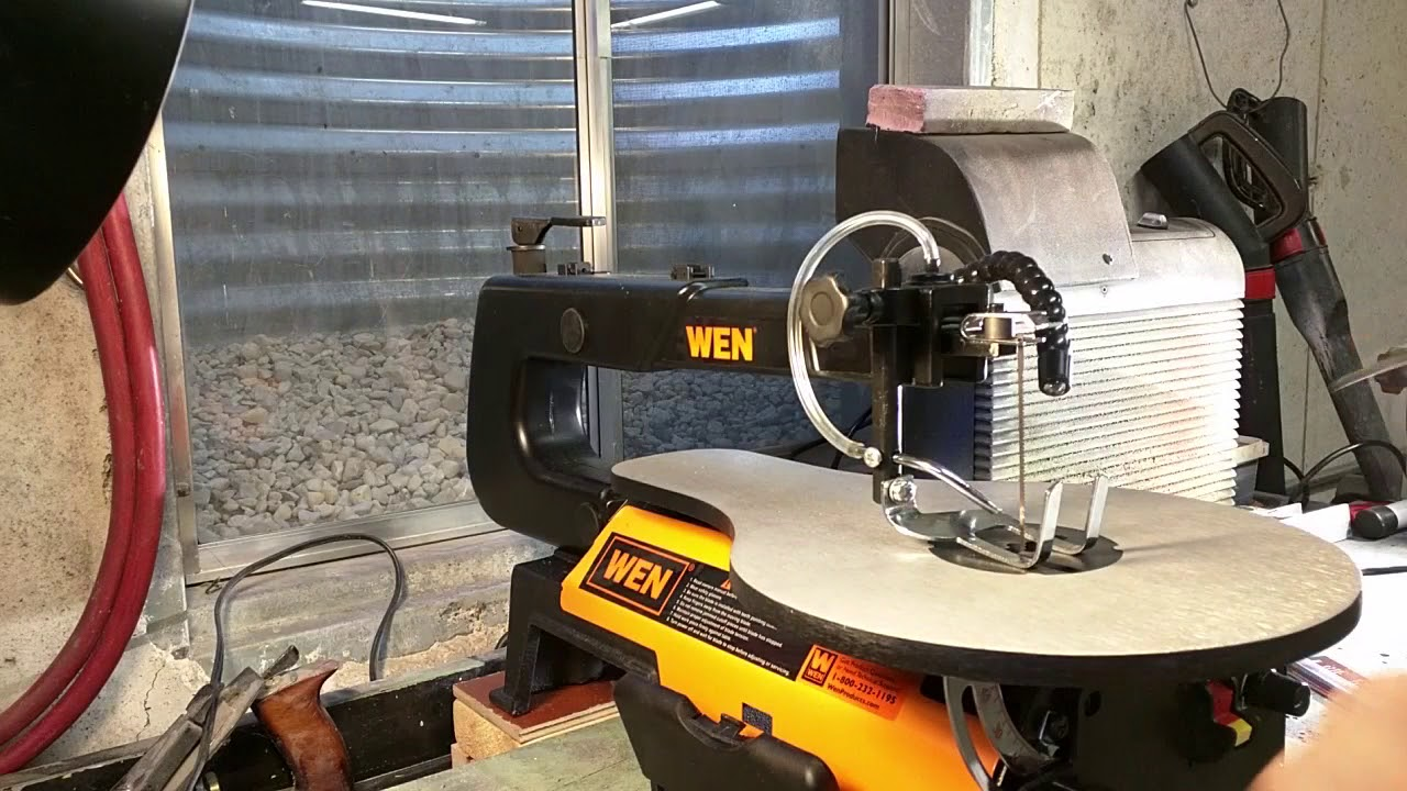 Wen 3920 16 inch two direction variable speed scroll saw with wen 3920 16 inch two direction variable speed scroll saw with flexible led light keyboard keysfo Image collections
