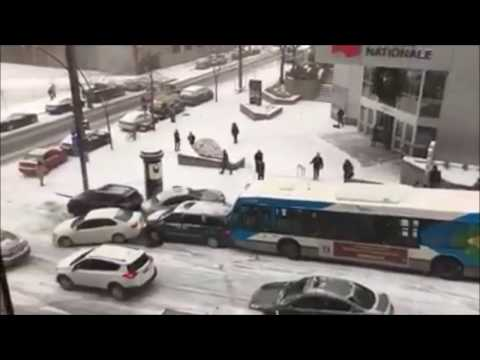 MONTREAL CANADA CRAZY FUNNY SNOW & ICE CAR ACCIDENT - Funny Pileup [2016-12-05] (Bonus Footage)