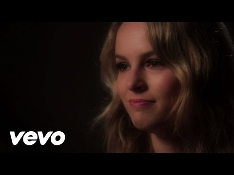 Bridgit Mendler - Hold On for Dear Love (Interview)