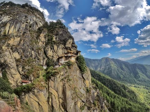 TREKKING TO TIGER'S NEST - Paro : Bhutan Travel Series : Part 7