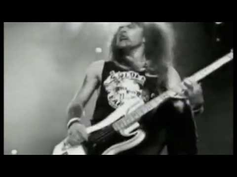 Iron Maiden - Fear Of The Dark 1992 (Official Video)