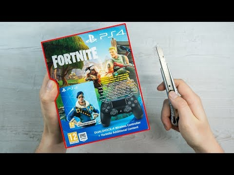 PlayStation 4 - FORTNITE Controller Unboxing + ROYALE BOMBER SKIN BUNDLE