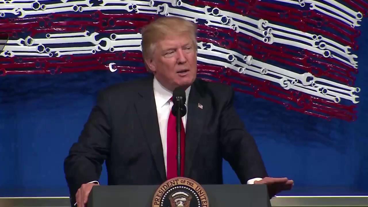 Hasil gambar untuk Trump Signs Russia Sanctions Bill | Los Angeles Times