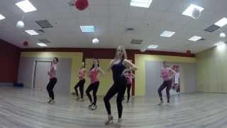 Урок Бачата Женский стиль Связка 3 Dance Center