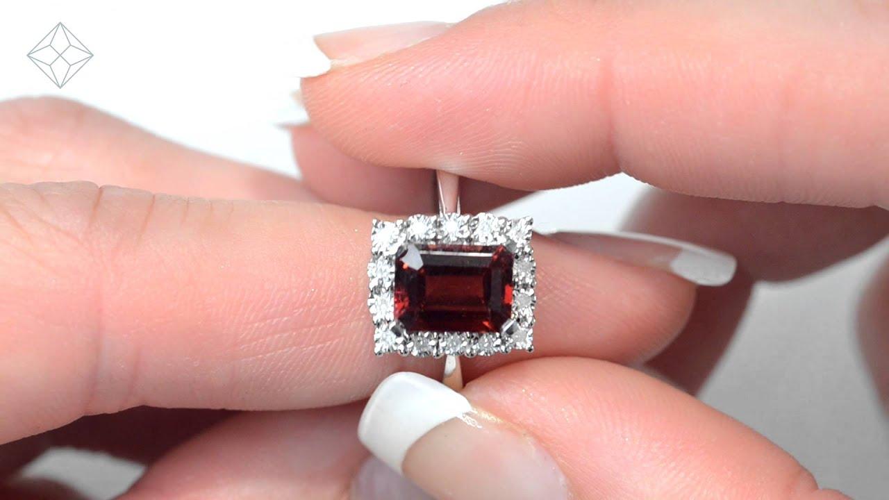 E5896 Stunning Garnet 8 x 6mm and Diamond 9K White Gold Ring - YouTube
