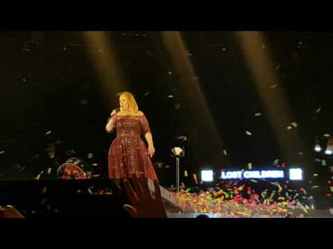 Adele Live - Chasing Pavement - Auckland