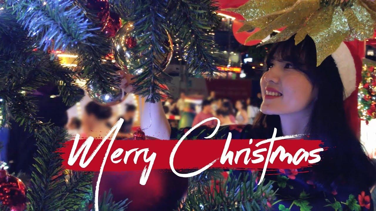 Merry Christmas // Shot on Iphone 7plus + Huawei Mate 20