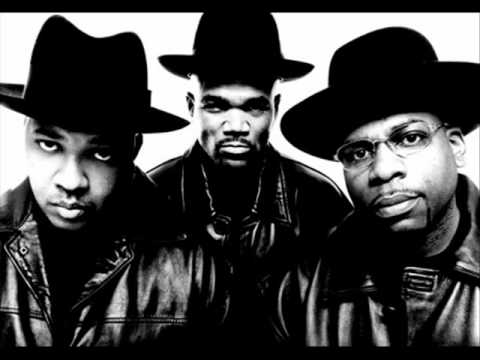 Run DMC - Christmas In Hollis Lyrics