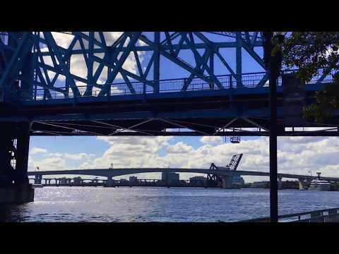 Jacksonville Florida - View Of St Johns River and Landing