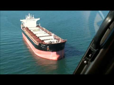 Whitsunday helicopters - Ship Transfer Hay Point
