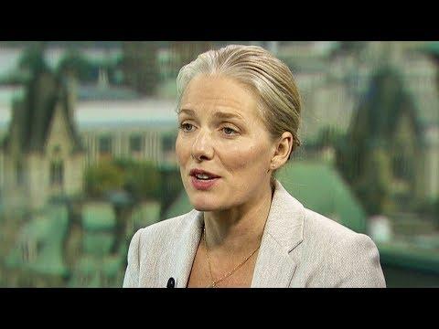 Canada won't ban coal exports amid push for 'greener future'