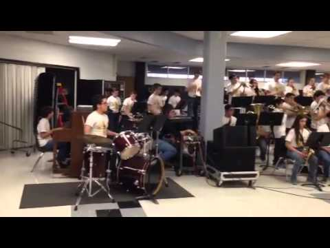 Hobby middle School jazz band - On broadway