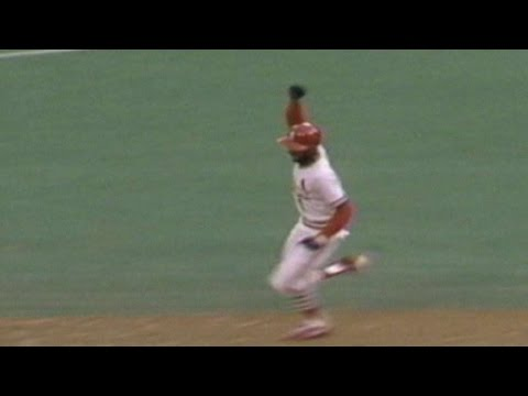 1985-nlcs-gm5:-ozzie-smith's-walk-off-homer-wins-game-5