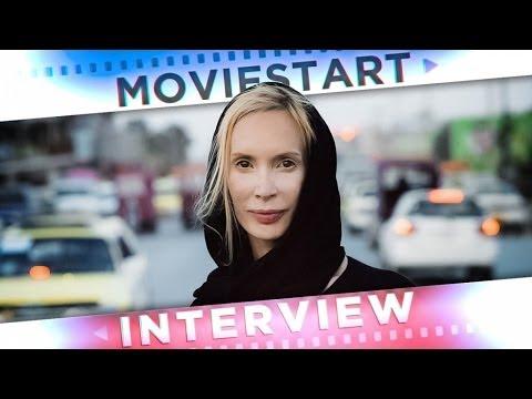 ZWISCHEN WELTEN-Regisseurin FEO ALADAG  im Interview