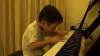 [Insolite] 5 ans et Virtuose au piano !!!
