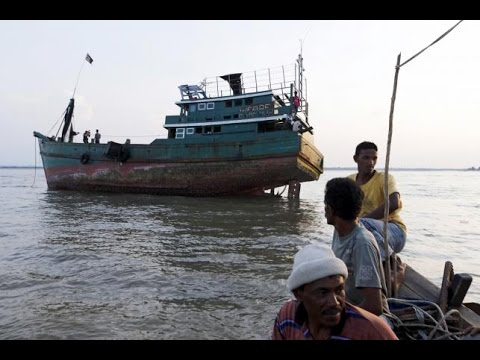 Malaysia Orders Rescue Of Migrant Boats