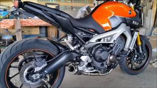 yamaha mt09 fz09 blackwidow exhaust sound fly by flames