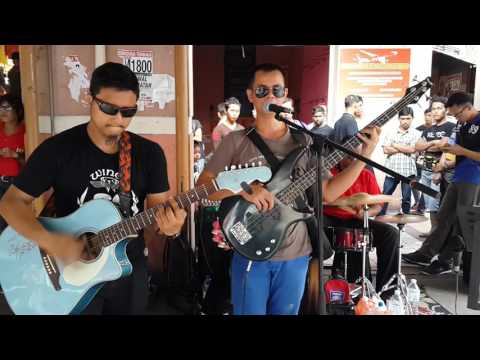 oh tak mungkin-recover band cover d'lloyd